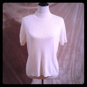 3 for 12$ White Short Sleeve Knit Sweater Large